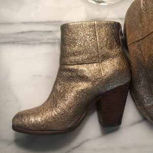Rag and Bone Classic Newbury gold boots size 8/38